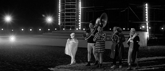 cropped-Fellini-8½-2-207807155-2.jpg